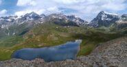 Il lago Cormet da sopra il colle