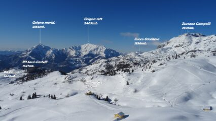 Panorama sui Piani d'Artavaggio salendo la cresta SO.