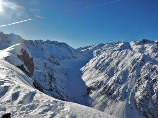 Il vallone del Sabbione dalla cima.