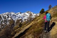 Salendo sopra l'Alpe Loé