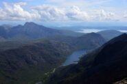 Loch Koruisk e Bla Bheinn (m 928) dalla vetta