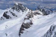 Rocca La Marchisa e M.Chersogno dalla vetta del M.Faraut
