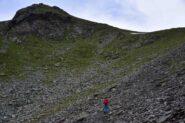 Salendo verso la cresta Est della Becca Trecare
