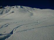Ieri: neve bellissima sul pendio sud sotto la vetta