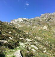 Il sentiero verso quota 1800 m