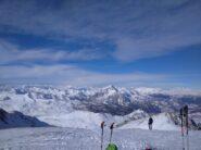 Vista dalla cima sulla cresta di salita