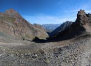 Dal Col Fenis, la Comba Terisva in ombra, che si percorre fino a Grand'Alpe