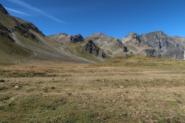 Il pianoro sotto il Col di Lavodilec, che si percorre fino a imboccare il Vallon Fenetre