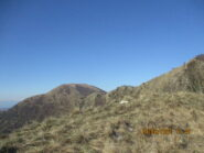 A sinistra Alpesisa e a destra Monte Lago