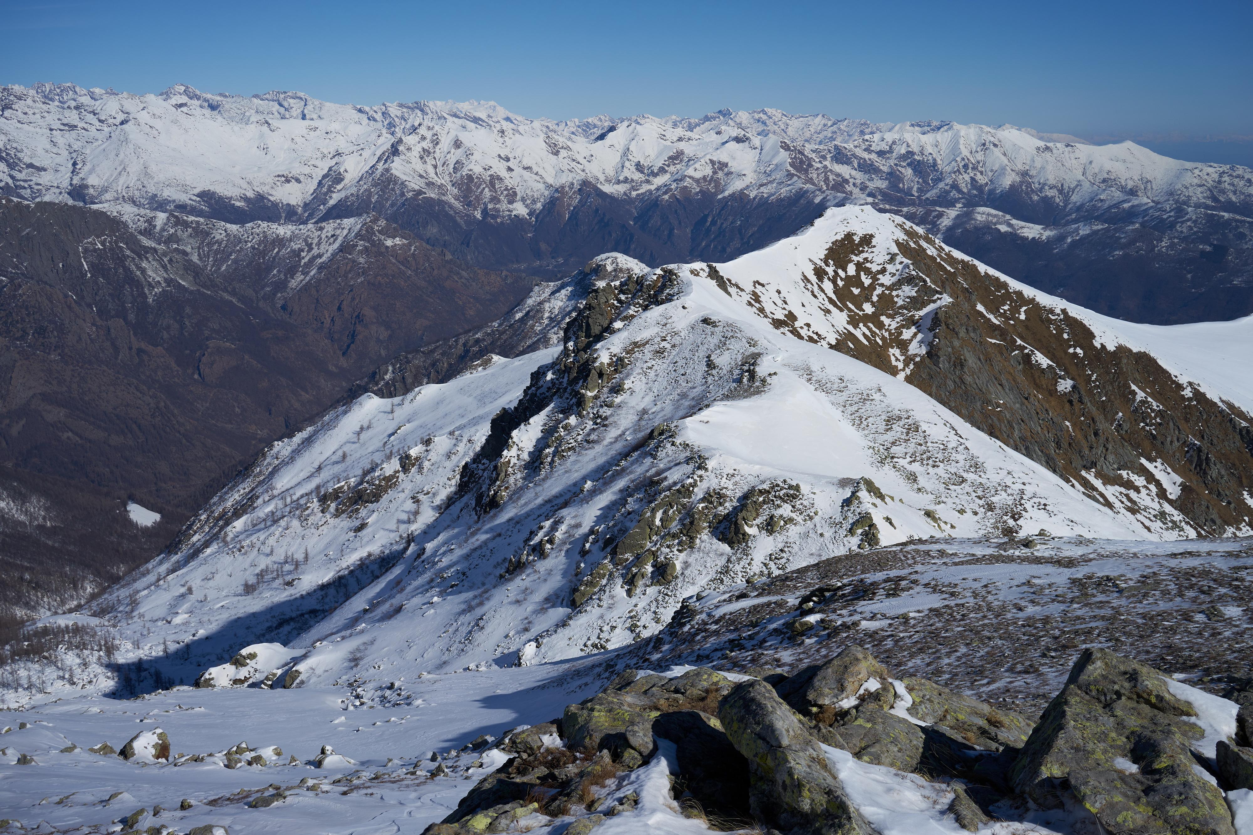 Vista dal Ciriunda verso Colle e Monte Marmottere
