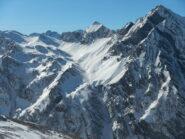dalla cima gran vista sulla catena che separa la Valle Troncea dalla Valle Argentera