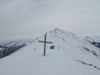 La croce sull'anticima (q.2029)