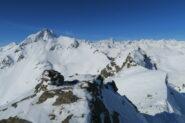 panorama dalla cima, sulla sinistra il Fallere