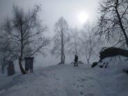 Parte intermedia: discesa nella nebbia.