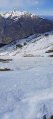 Alpi Biellesi con al centro il Mombarone