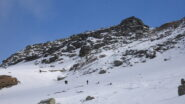 Colle in vista, poca neve e tratti ghiacciati