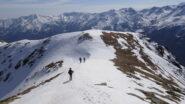 In cammino  verso la sella d'Oregge e il Monte Arzola