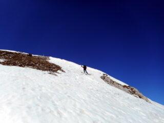si parte ancora con gli ski dalla cima