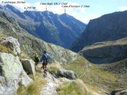Lasciato il rifugio scendiamo nella Val di Zocca.
