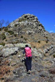 Salendo lungo la cresta Sud del Dente