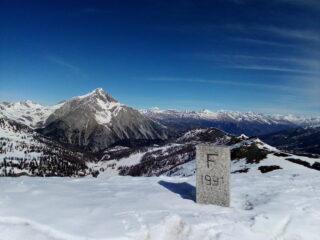 Dalla cima, il panorama verso lo Chaberton.