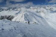 sopra il colle il vento si è dato da fare ma la neve è rimasta piuttosto morbida