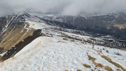 Monte Bertand, Colla Rossa e parte della cresta seguita in salita