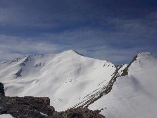 sullo sfondo il Ventasuso. A dx la punta Vallonetto o Le Rouet 2502 metri