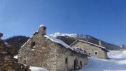 In salita Grange Chabaud con dietro il Monte Giassiez