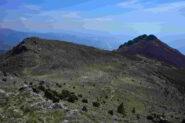 Veduta sui monti Pidocchio e Pennone salendo al monte Tardia Levante