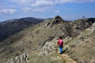Verso la Colletta Montebello, veduta sul monte Beigua e la Cima Fontanaccia