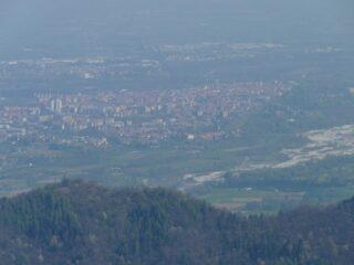 ... e zoom su Cuneo