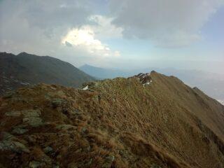 La cresta Est che arriva dalla Paretina Nord