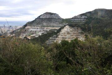 Monte Gazzo, cave di Levante
