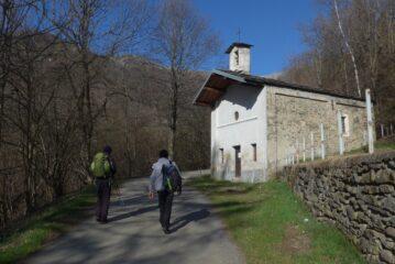 Alla chiesetta prima di Suppo