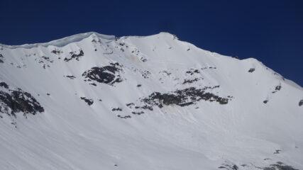 Cima Ovest e cima centrale dell'Ormelune dal pianoro dell'ex ghiacciaio a quota 2.600 m