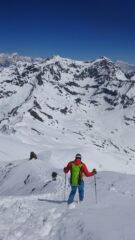 Discesa dalla cima verso il deposito sci