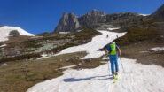Provvidenziale lingua di neve sopra il Prat du Plan