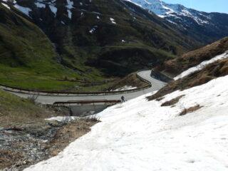 sci fino alla strada