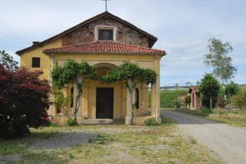Il Santuario della Madonna della Preiera, sulla SP tra Biandrate e San Nazzaro Sesia
