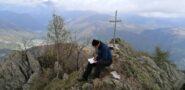 Sergio scrive il diario di vetta