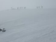 In cima nella nebbia