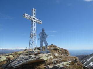 il monumento all'alpino sulla Bocciarda