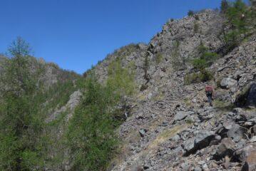 Passando fra le discariche delle miniere