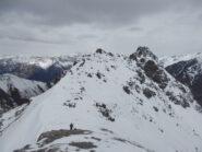Dalla cima il colletto a cui si arriva con gli sci, in fondo la Pierre Muret
