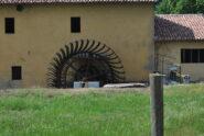 Vecchia ruota di mulino alla C.na S. Maria del Bosco