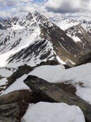 In primo piano mont Flassin sfondo mont Fallere