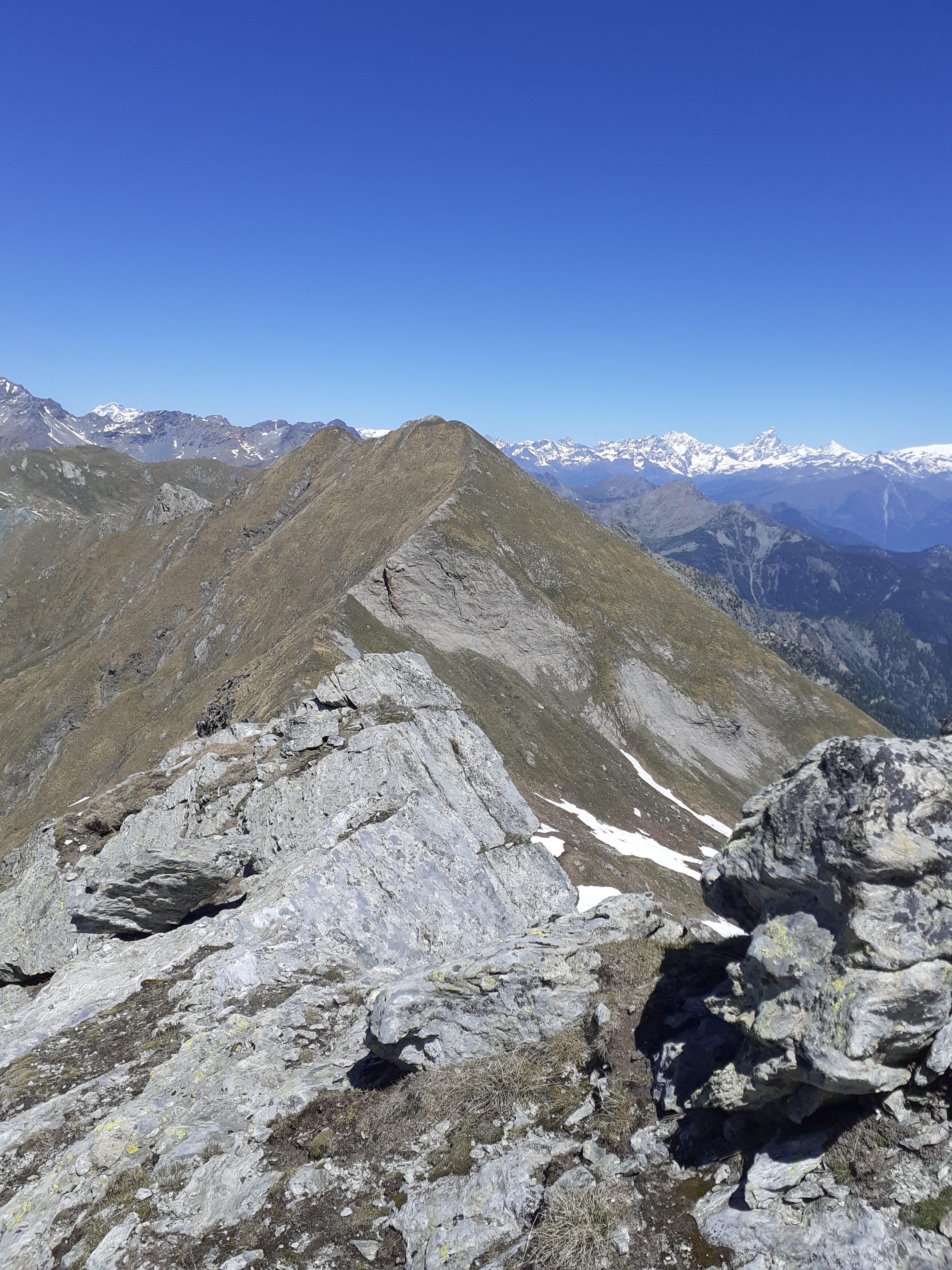 La cresta verso il monte Facciabella