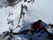 Saliamo il breve tratto misto che porta in cresta di Cima Val Fontana.