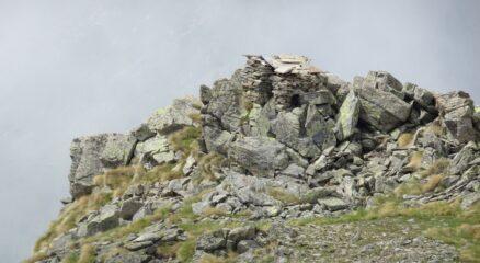 postazione di caccia nei pressi della cima